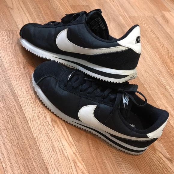 Nike Cortez 9Women 8Men. M 5c3659dfc89e1da8b4db20db 384552c5f